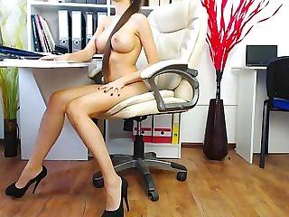 Curvy amateur nude gif